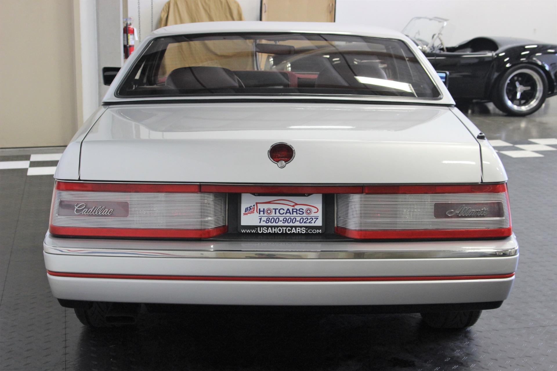 1987 Cadillac Allante 10