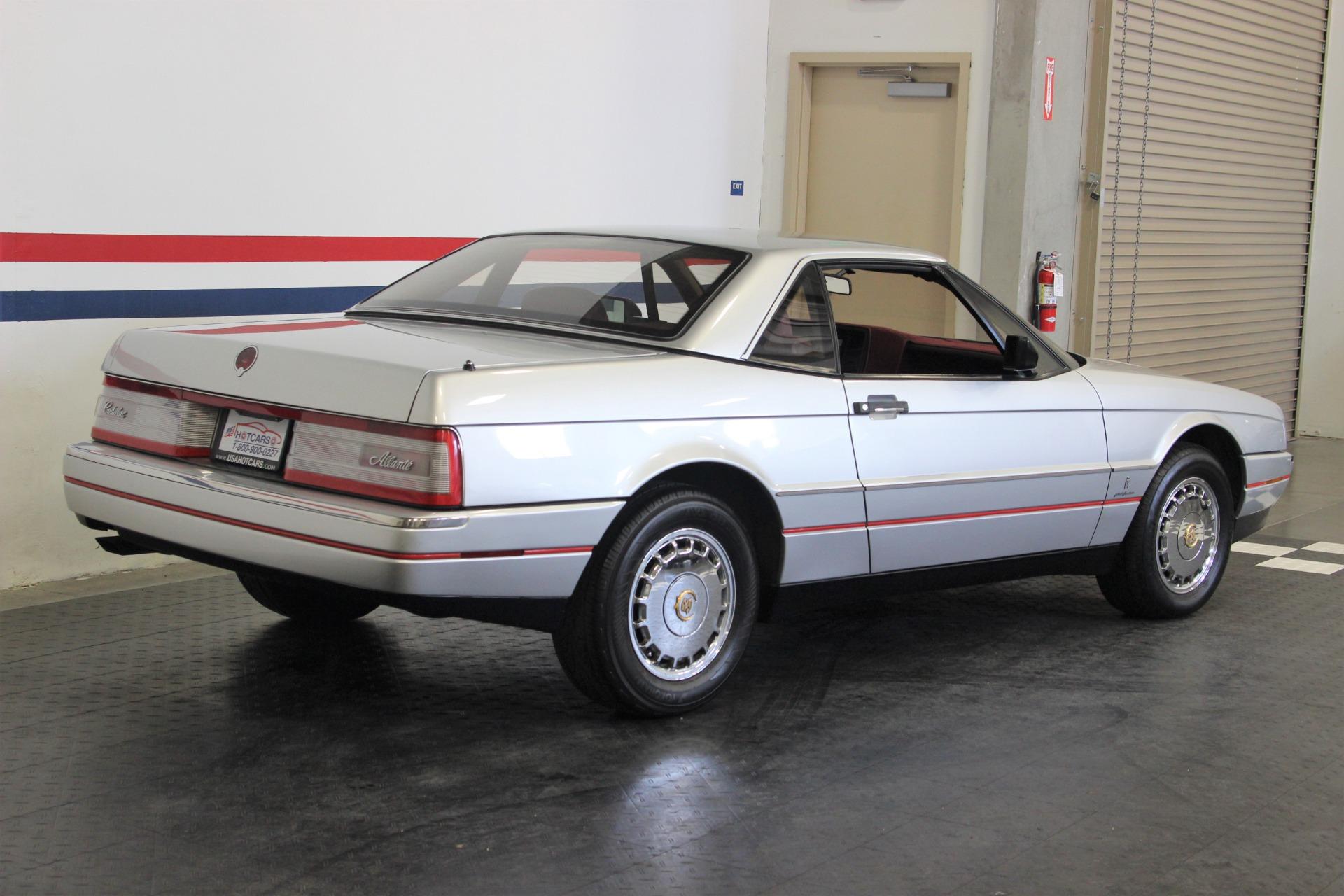 1987 Cadillac Allante 6