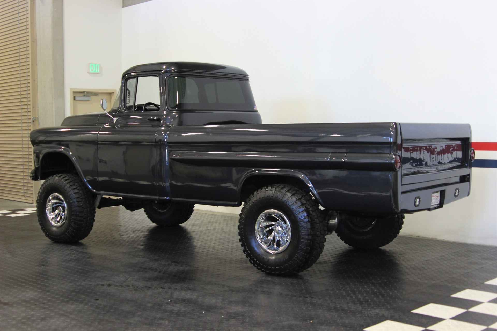 Used-1959-Chevrolet-Apache-4x4
