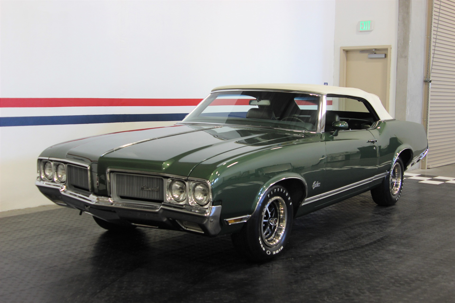 Used-1970-Oldsmobile-Cutlass