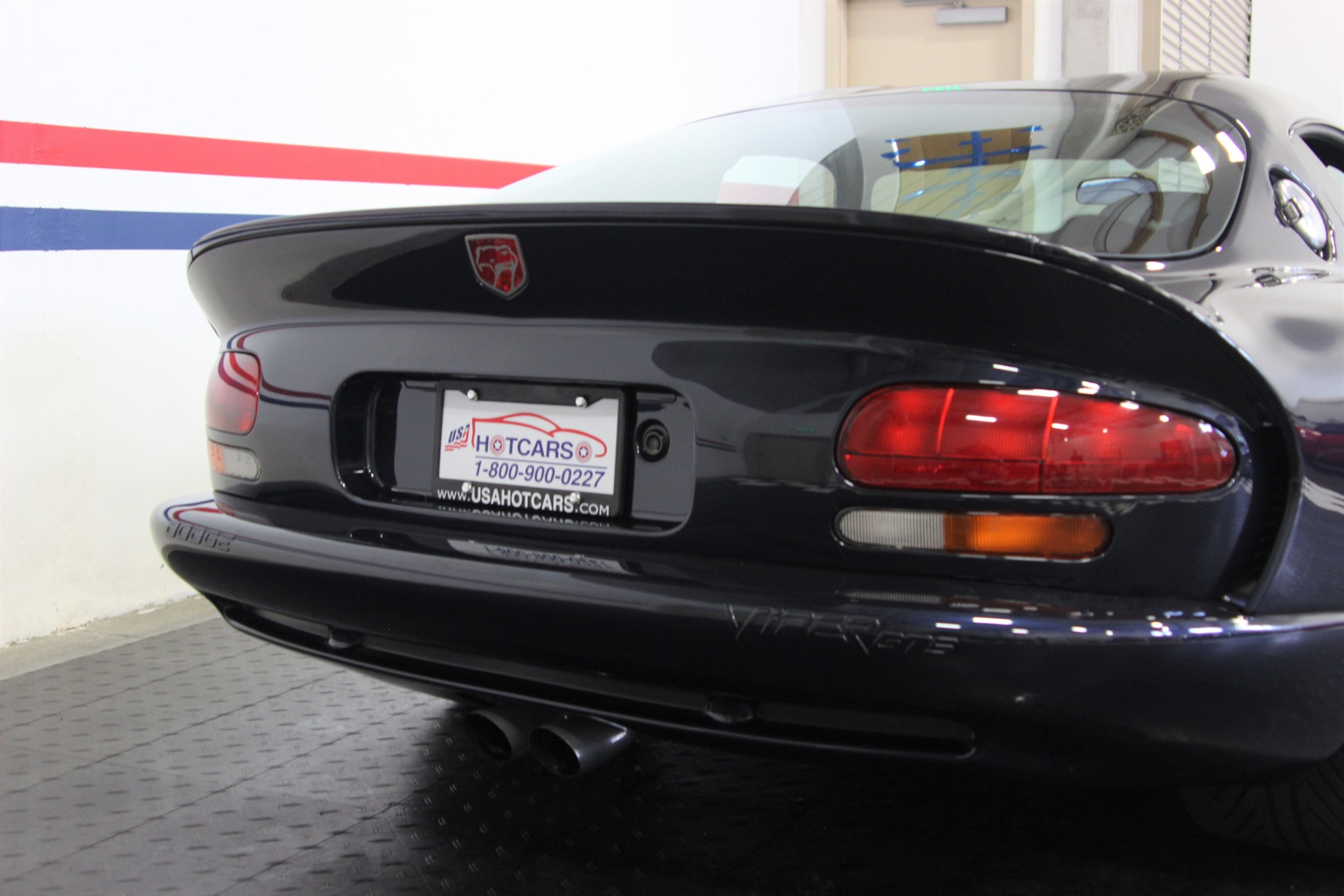 Used-2001-Dodge-Viper-ACR-Competition