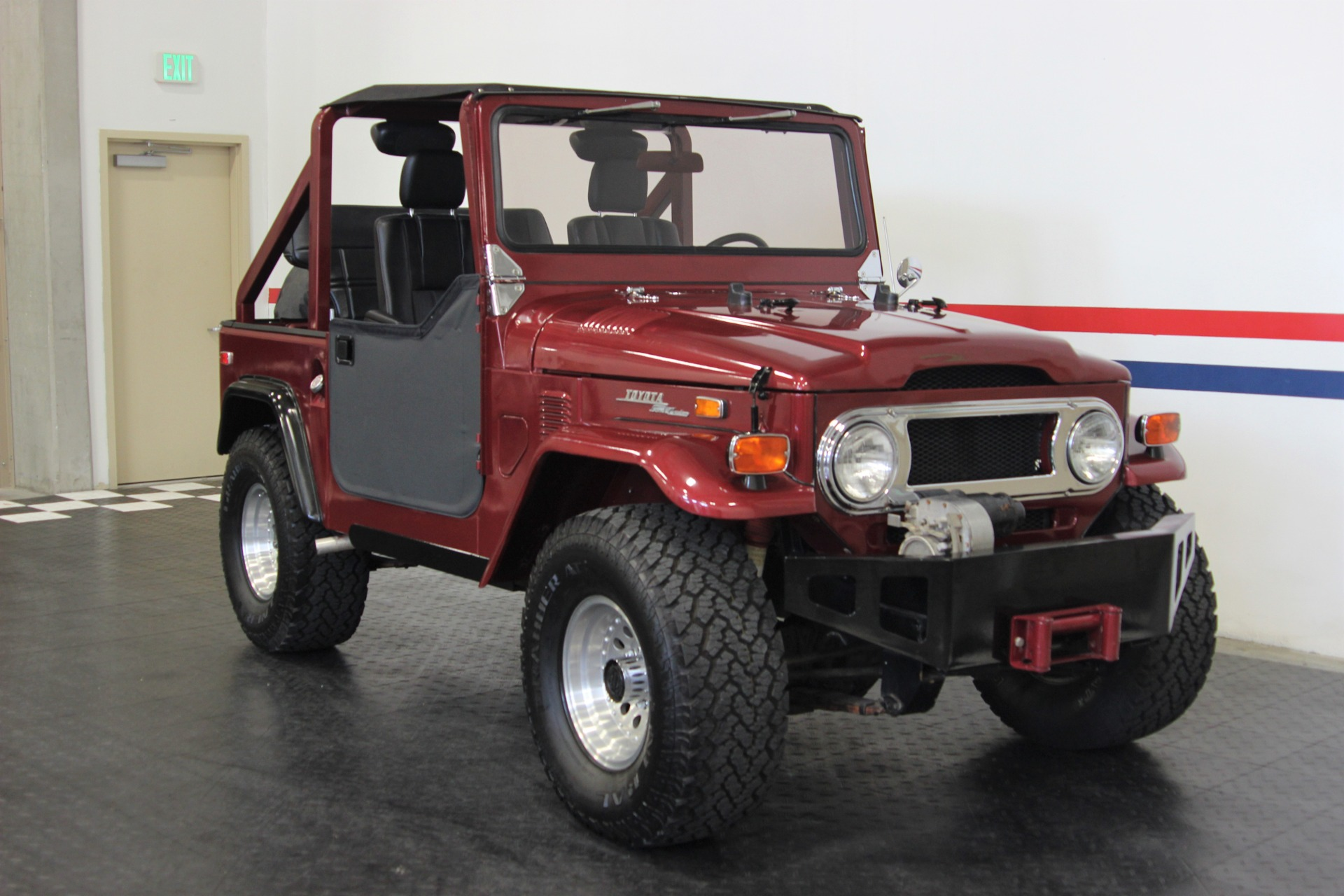 Used-1972-Toyota-Land-Cruiser-FJ40