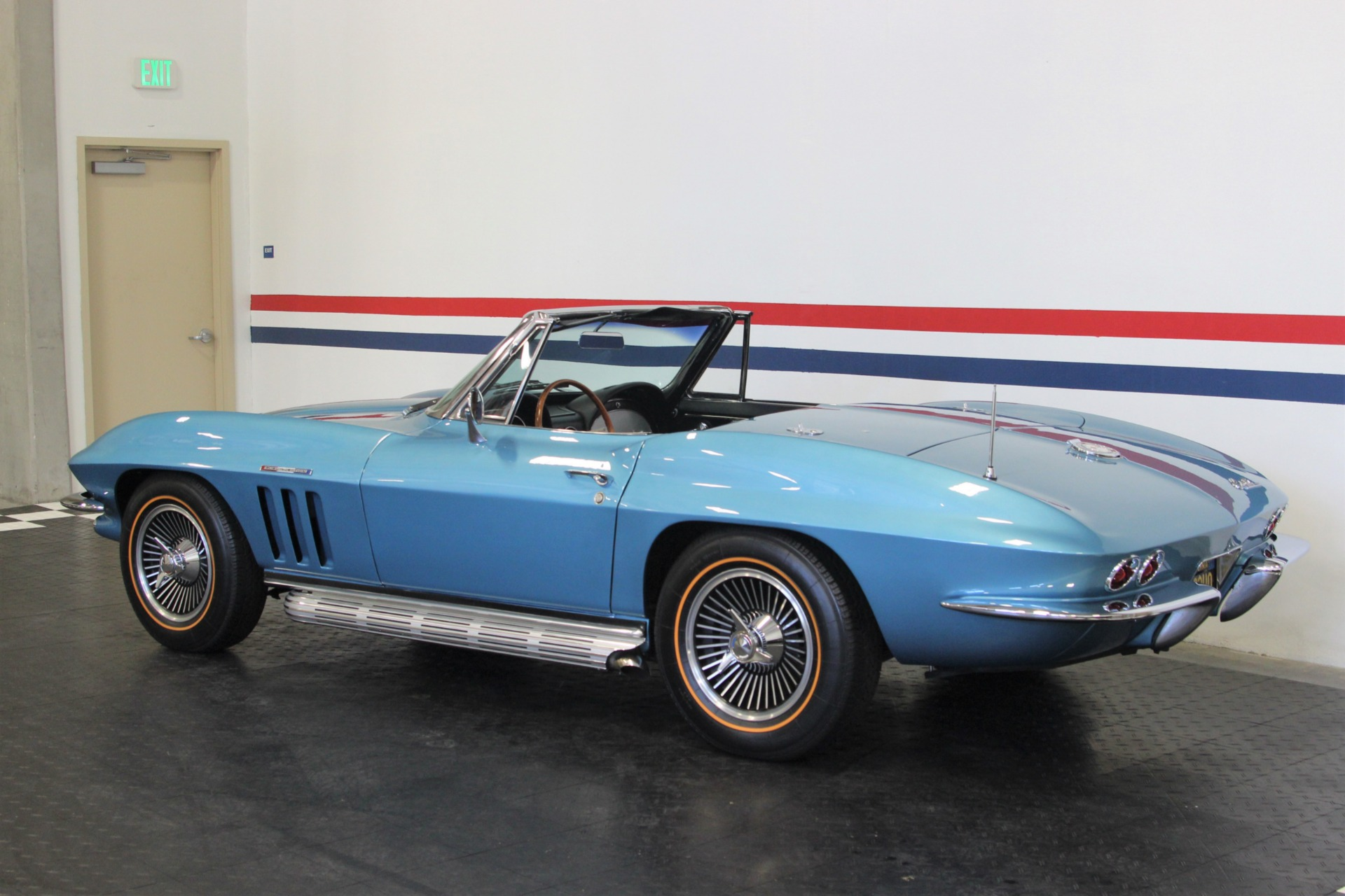 Used-1965-Chevrolet-Corvette-Fuel-Injected