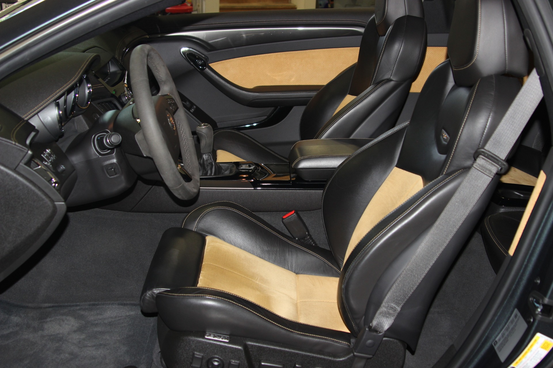 Used-2011-Cadillac-CTS-V