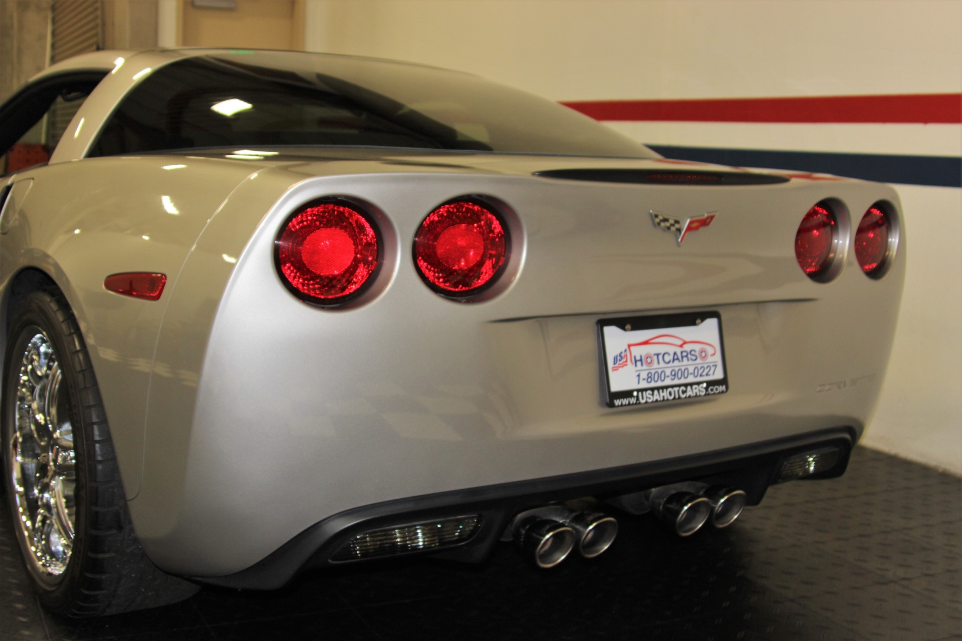 Used-2005-Chevrolet-Corvette