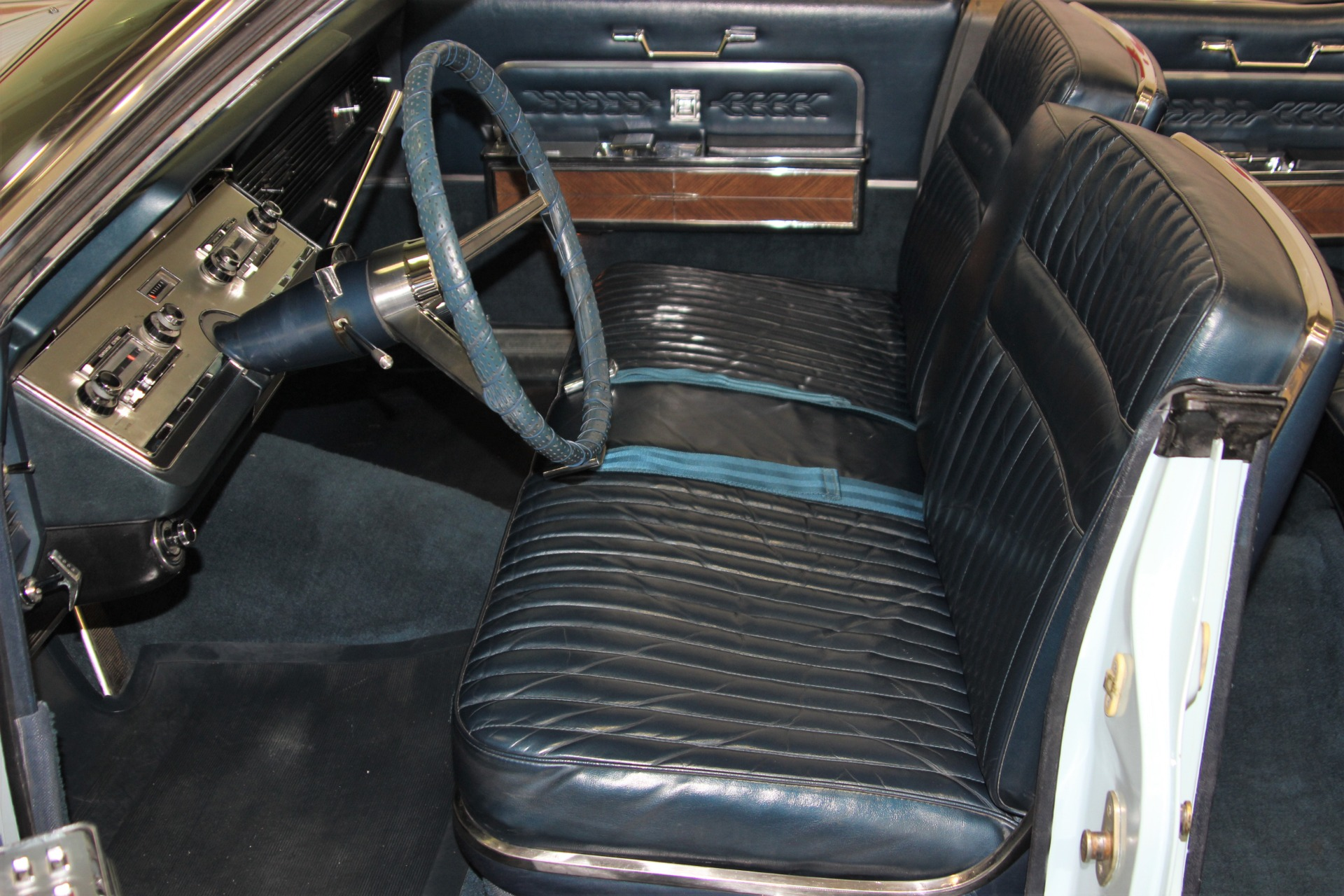 Used-1966-Lincoln-Continental