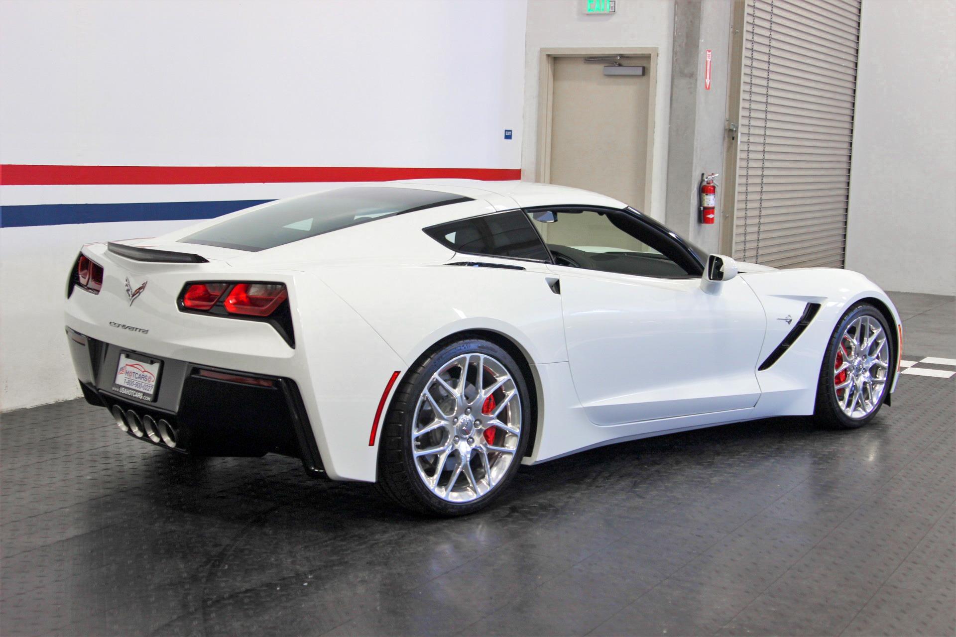 Used-2018-Chevrolet-Corvette-Stingray