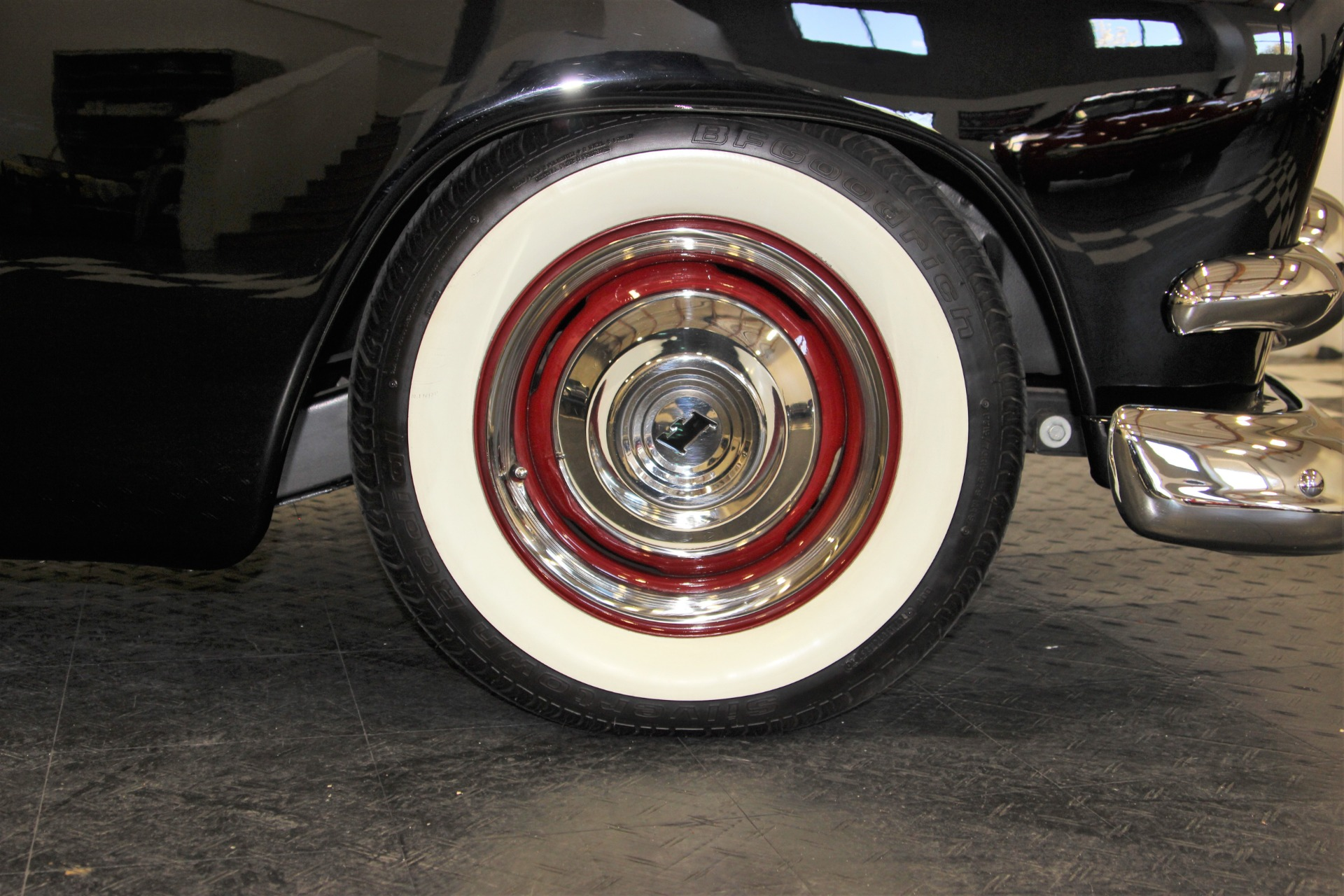 Used-1951-Ford-Custom