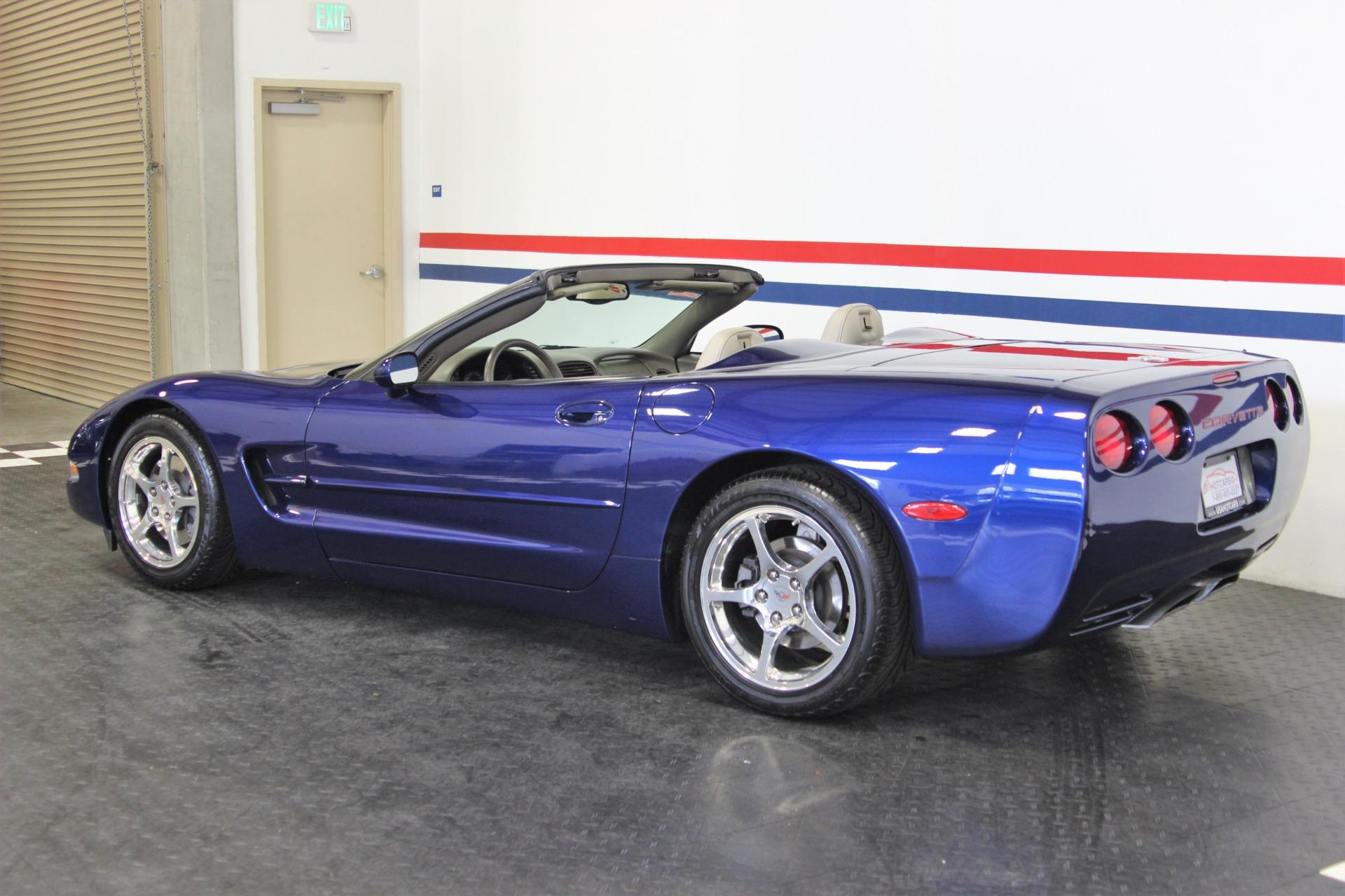 Used-2004-Chevrolet-Corvette-Commemorative-Edition