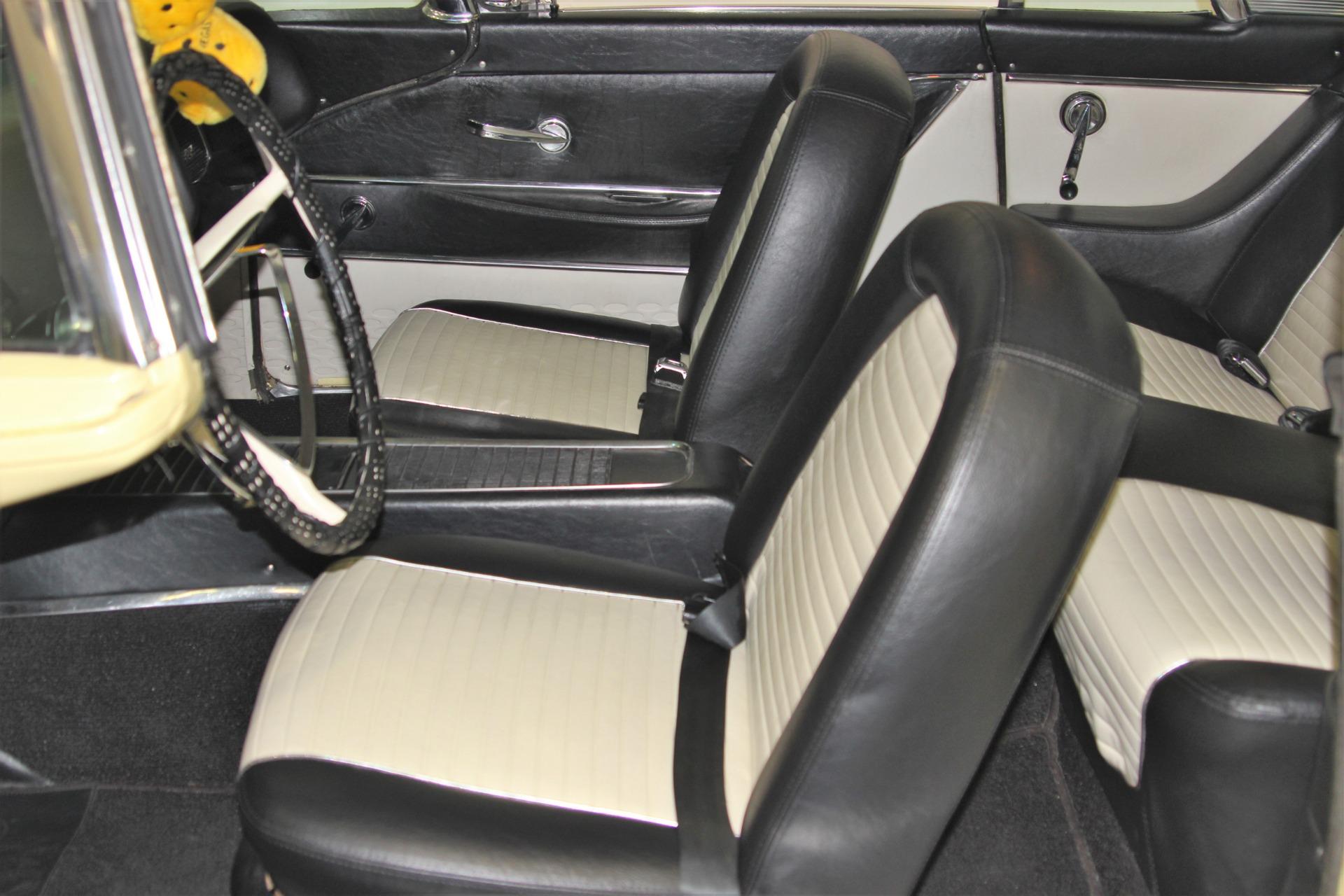 Used-1958-Ford-Thunderbird