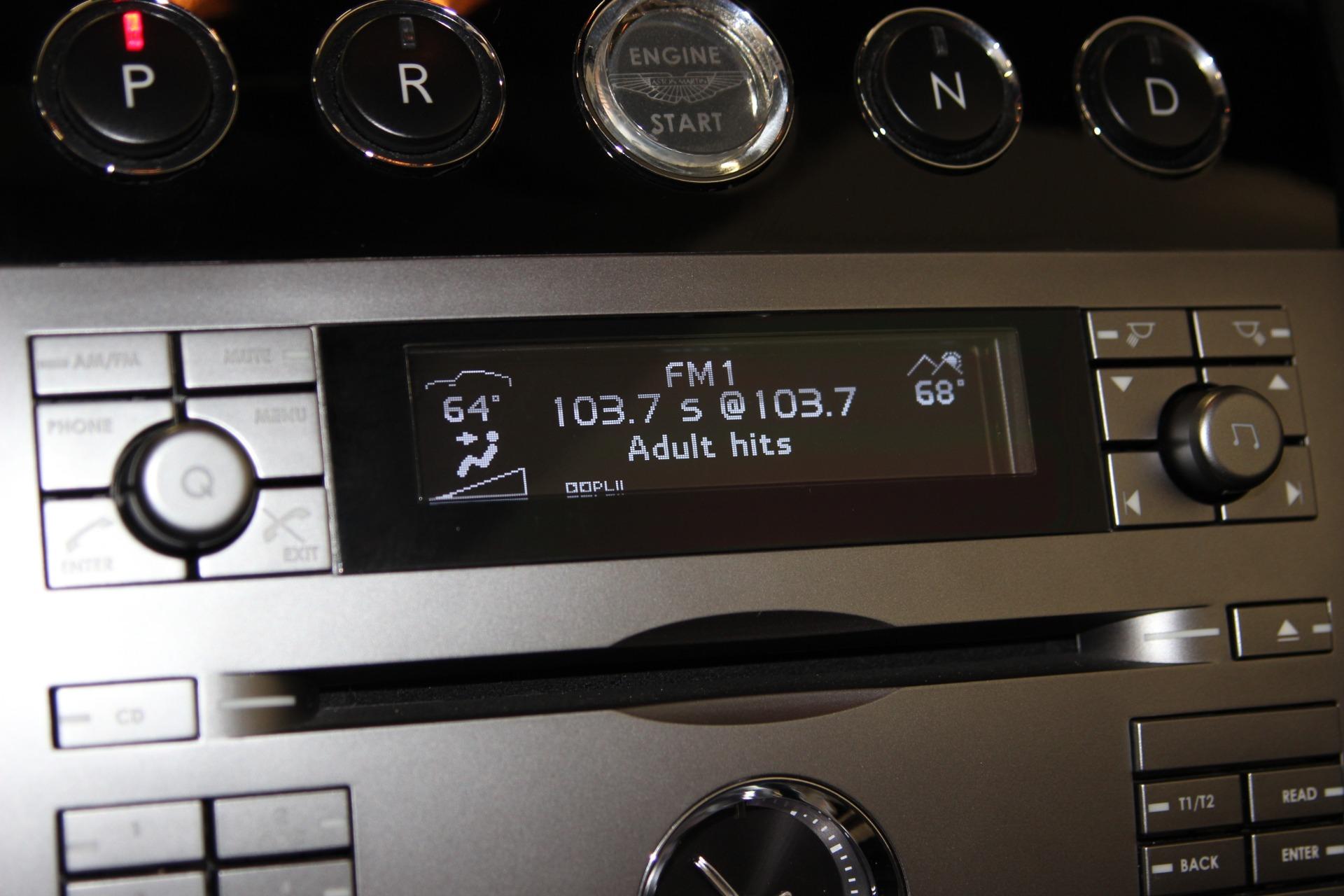 2006-Aston-Martin-DB9-Volante