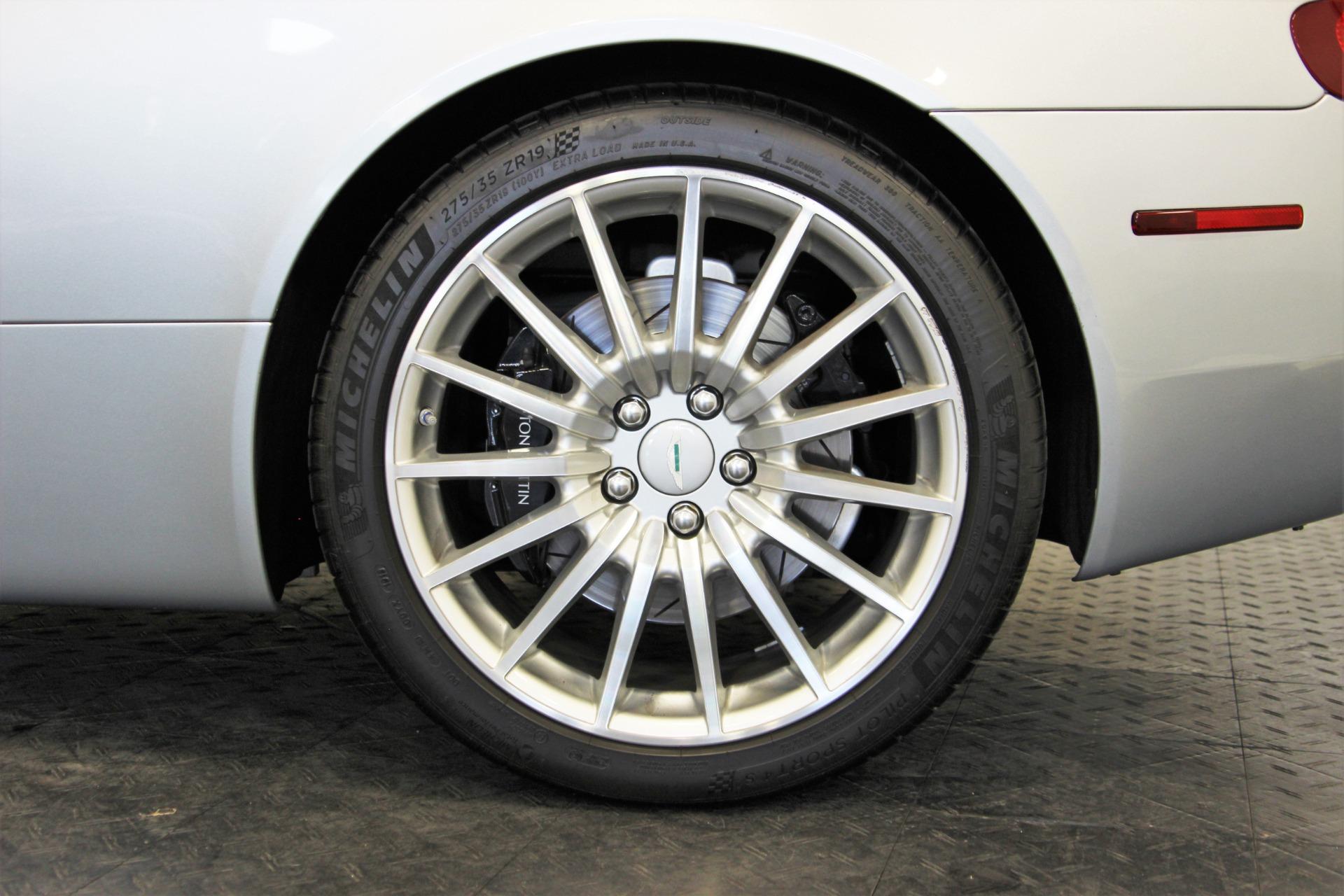 Used-2006-Aston-Martin-DB9-Volante