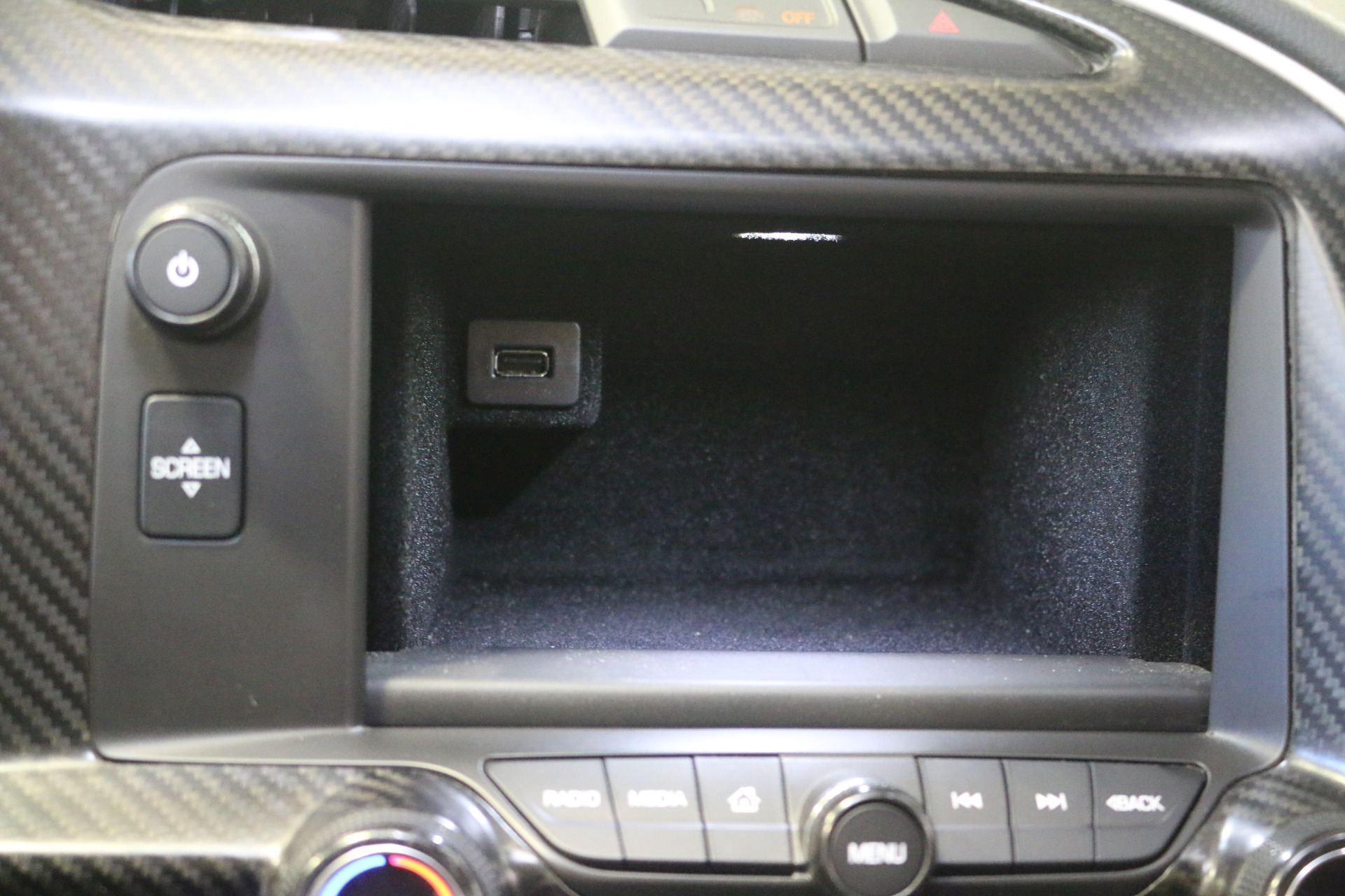 Used-2014-Chevrolet-Corvette-Stingray-2LT