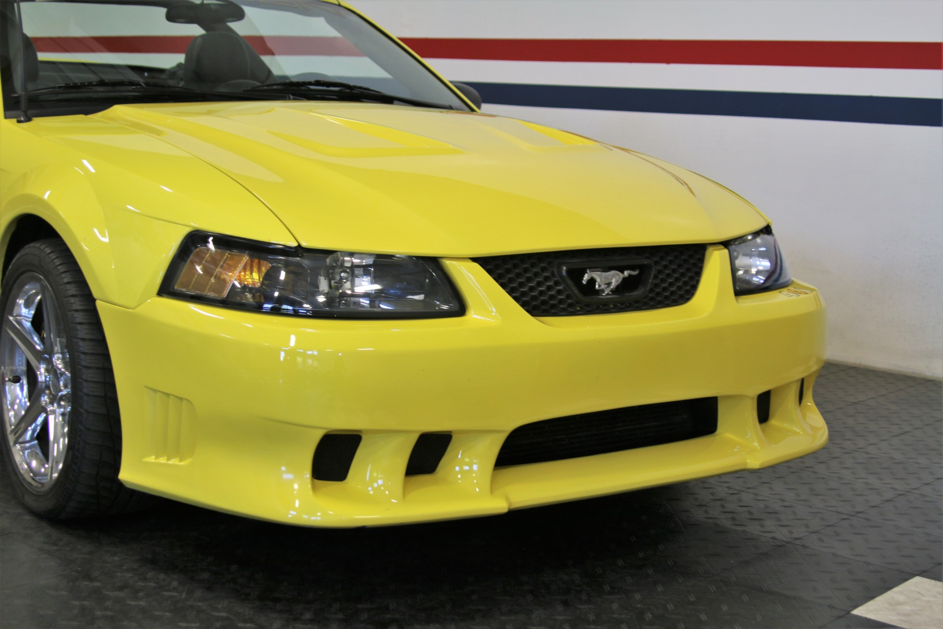 Used-2001-Ford-Mustang-Saleen-SC