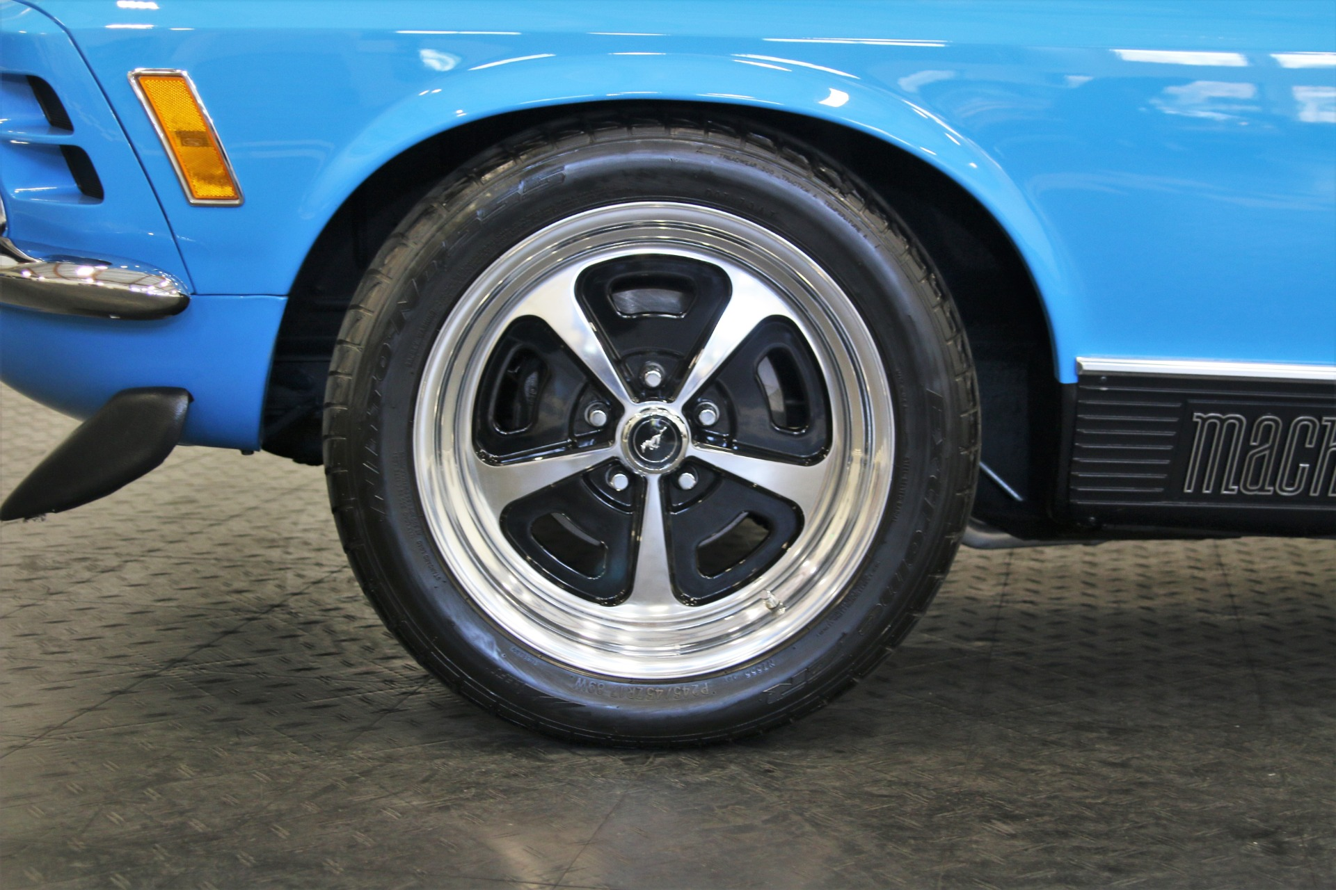 Used-1970-Ford-Mustang-Mach-1