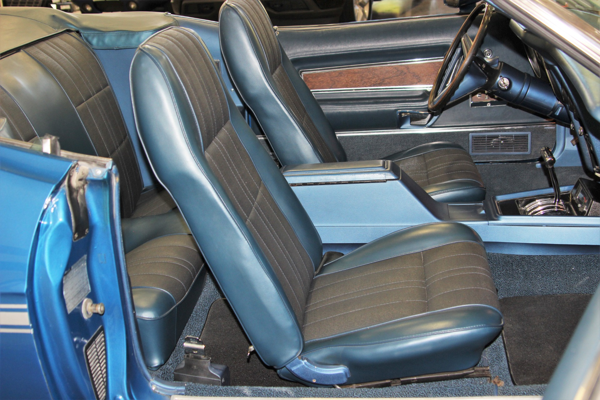 Used-1973-Ford-Mustang